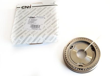 ŁOŻYSKO SKOŚNE - Shift / hub + 5/6 speed synchronizers - IVECO Daily 3.0 06-> (1)